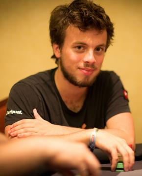 Photo du joueur de poker LEWIS Romain